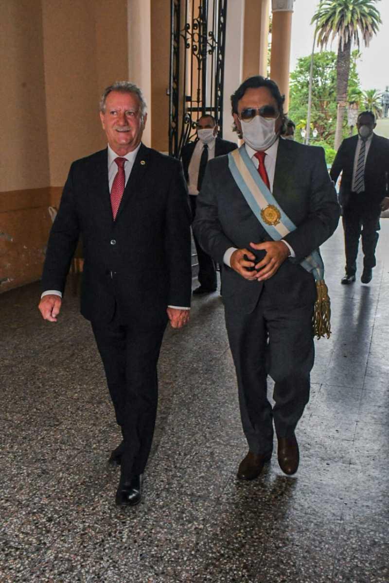 Asamblea-Legislativa-llegada-del-Gobernador
