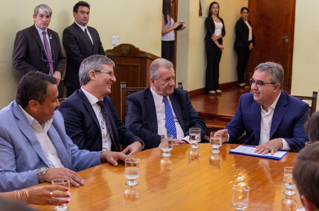 Marocco-junto-al-gobernador-de-Catamarca