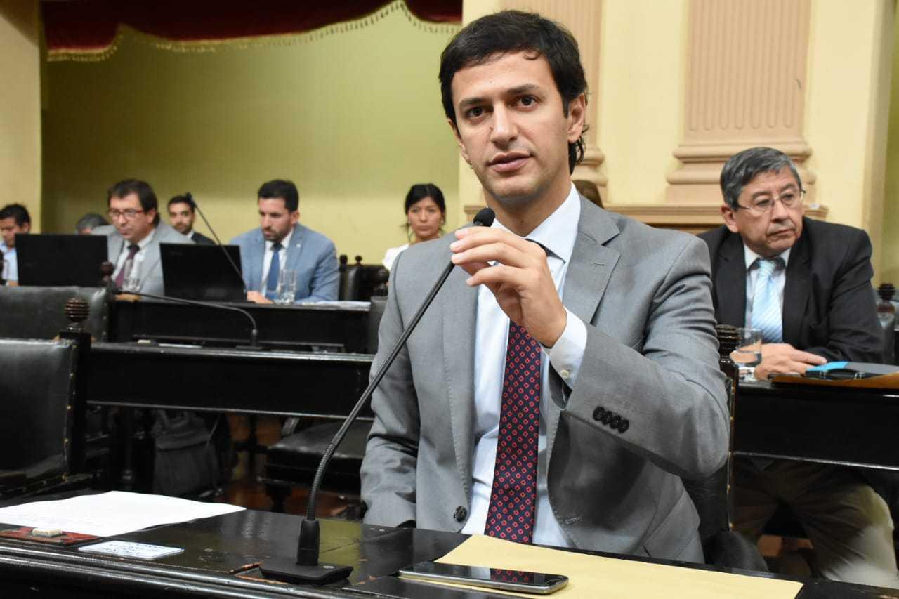 Senador-Javier-Mónico-R.-de-la-Frontera